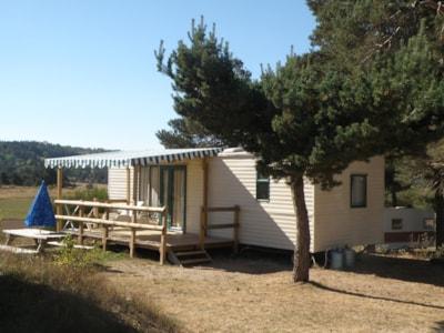 Mobil-home Verona de 2 chambres 29 m² pour 4 personnes au camping les sous bois du lac en Lozère